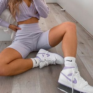 Custom air jordan mid lilac